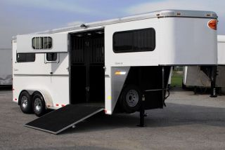 "Sundowner Gooseneck Horse Trailer 2 1 Box Stall Straight Load Ramps 7'6"" Tall"