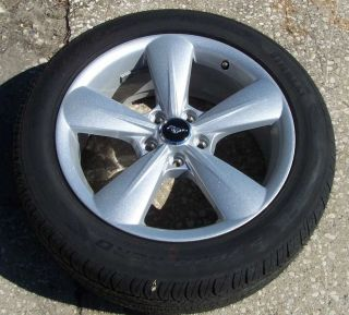 "18"" 2005 2013 Ford Mustang Wheels Pirelli Tires New from 2013 Mustangs"