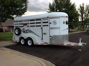 2007 Double D 4 Horse Bumper Pull Trailer