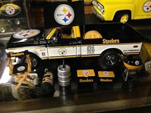 Danbury Mint Chevy Tailgate Pickup Truck Pittsburgh Steelers w Accessories
