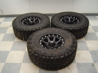 "07 13 Jeep Wrangler Rubicon Aftermarket Set of 3 Wheels Tires XD 17"" Black"