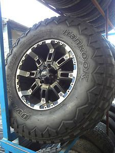 "Jeep Wrangler 17"" Wheels w Hankook Dynapro Mud Terrain 315 70 17 Tires 5 Tota"