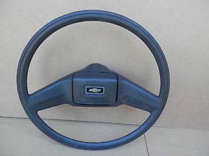 1973 87 Chevy GMC Truck Steering Wheel Bowtie Horn Cap Suburban Jimmy Blazer GM