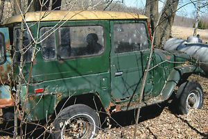 Toyota Land Cruiser FJ 40 Parts Car as Is Some 1971 1978 Parts