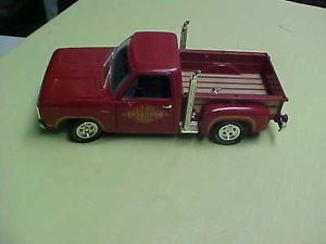 Ertl 1 18 Die Cast 1978 Dodge RAM Li'L Red Express Truck Parts or Repair