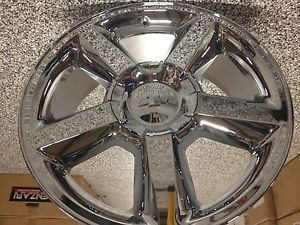 20 inch Chrome Chevrolet Tahoe LTZ Wheels Suburban Avalanche Silverado Wheels