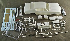 1 25 Scale Model Car Parts Junk Yard 1969 Hurst Oldsmobile Body Chassis