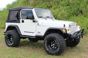 2004 Jeep Wrangler Sport Utility 2 Door 4 0L Lifted Custom New Wheels Tires