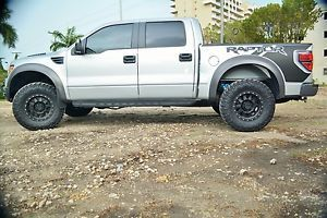 "Method Racing 17"" Wheels and Nitto Trail Grapplers 35"" Tires"
