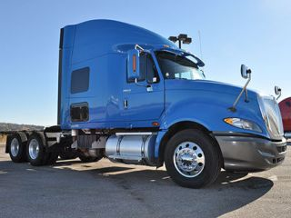 ★ 2010 International Pro Star Sleeper Semi Truck Carb Financing Available