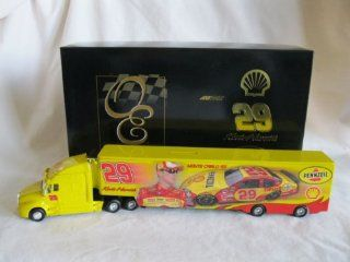 2007 Top of the Line Quality RCCA Owners Elite Truck Bank Kevin Harvick #29 Pennzoil Shell RCR Racing Hauler Semi Transporter Trailer Rig Truck 1/64 Scale Action Racing Collectables Club of America (RCCA) All Metal Diecast Truck/Trailer Bank Limited Editio