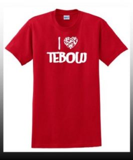 I Heart Love Tebow   Valentine's Day Greetings   Lover T Shirt Clothing